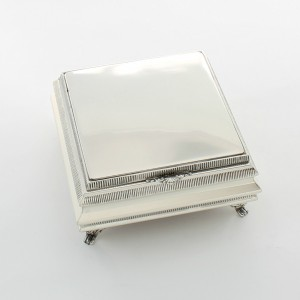 8783584ff8b6 Joyeros y cajas Archivos - Whiterman Plata