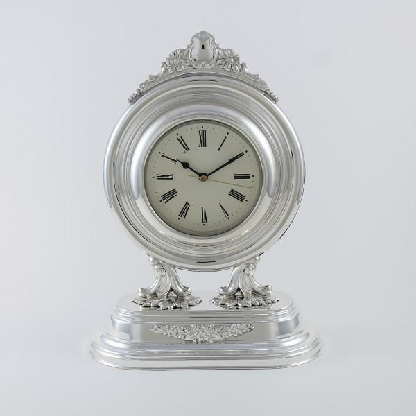 Relojes redondos con base de plata maciza primera ley