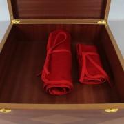 Presentacion de cubertería en mantas y estuche