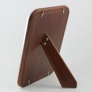 Trasera de madera del espejo tocador